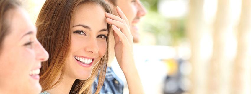 Kleine Korrekturen für schönere Zähne